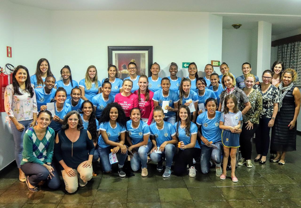 Jogo do Foz Cataratas/Coritiba terá como tema o combate ao melanoma Equipe de Foz do Iguaçu enfrenta o Flamengo, nesta quinta, 17, no Estádio Pedro Basso