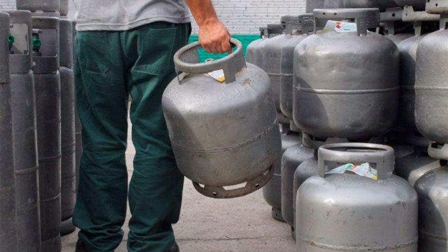 Resultado de imagem para revendedores  de botijão de gás SEM ALVARA
